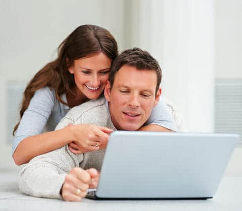 dreamstime_couple_planning