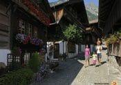 Interlaken: Brunngasse in Brienz