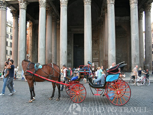 Horse-drawn carriage - Rome For the more romantic, a horse-drawn carriage ride through the narrow streets of the historical center of Rome is still a nice way to remember your stay in Rome.