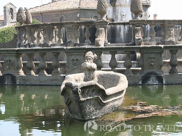 Day trips from Rome : Villa Lante Visit of Villa Lante in Bagnaia is one of our suggested day trips from Rome.